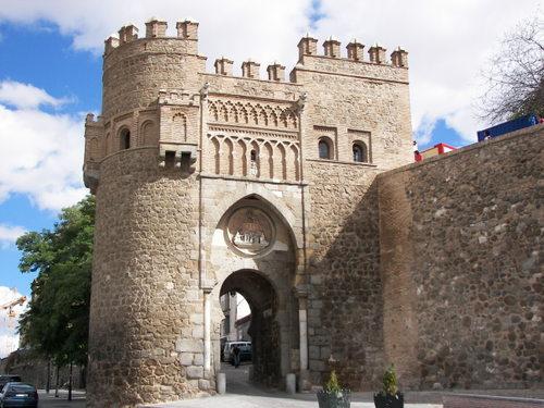 Toledo, España Una_puerta_de_toledo