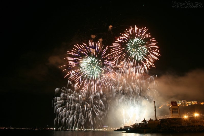 Fuegos artificiales en Alicante
