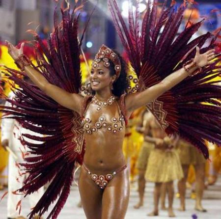La Morena En Los Carnavales De Brasil